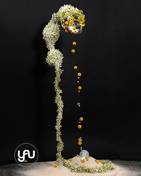 YaU flori _ Alien YaU_ pentru internationa floral art 14-15, floral design Elena Madalina Toader, foto Sebastian Moise http://blog.yau.ro/ #internationalfloralart #floralart #art #florist #elenatoader #yauconcept #yauflori #flowers #gypsophila