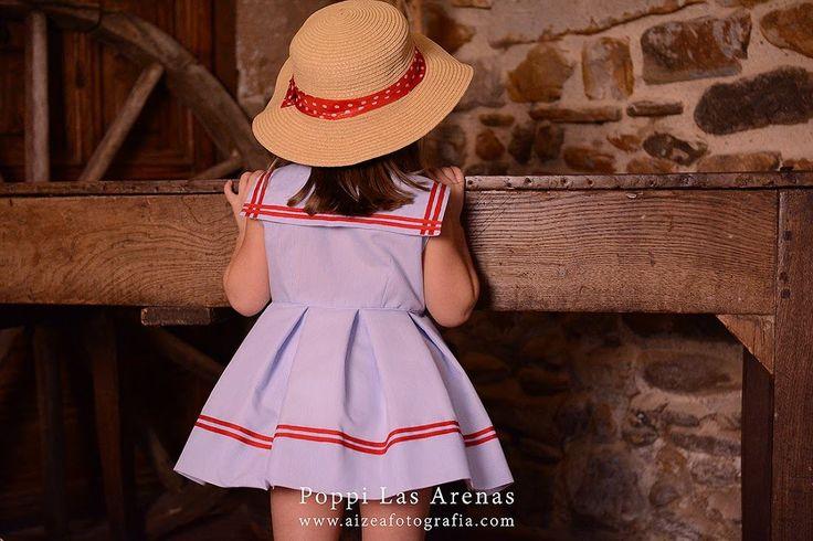 Hola mamis, en Poppi Las Arenas lo que tenemos es obsesión con los vestidos marineros, ya sea el modelo que sea y de el color que sea que a Poppi Las Arenas no se le resiste ninguno!!! Nos encanta …