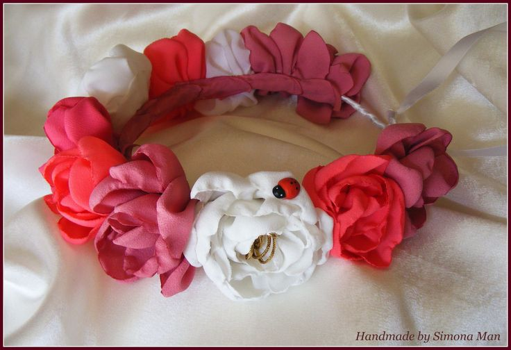 Handmade flower crowns by Simona Man/Coronite cu flori handmade