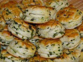 Domácí česnekové pagáče s báječnou chutí a jednoduchou přípravou! Je nemožné jim odolat