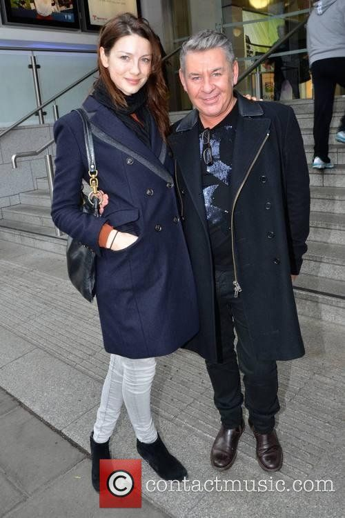 Caitriona Balfe - Caitriona Balfe and hair stylist Michael Doyle go for lunch together at Wagamama   6 Pictures   Contactmusic.com