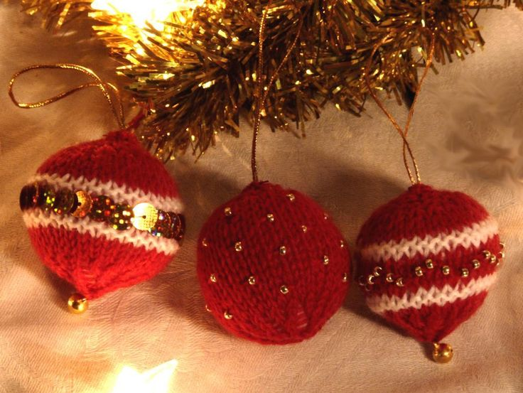 Christmas Baubles via Craftsy
