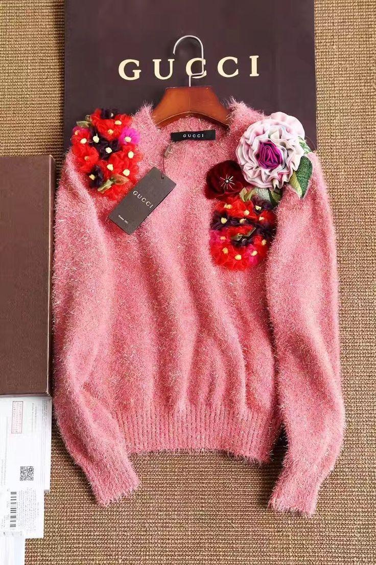 Gucci красивый свитер с розами!