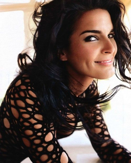 Angie Harmon!! She's so beautiful & funny!!! I love her sense of humor, and she was in my favorite crime show, Rizzoli & Isles!!
