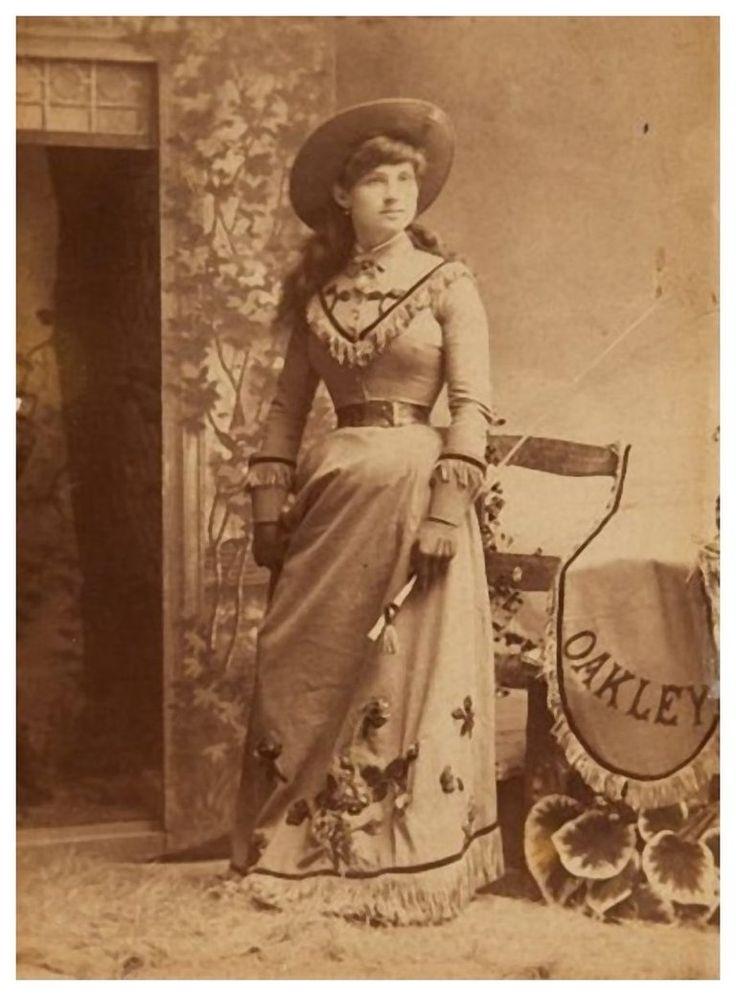 oakley clothing history
