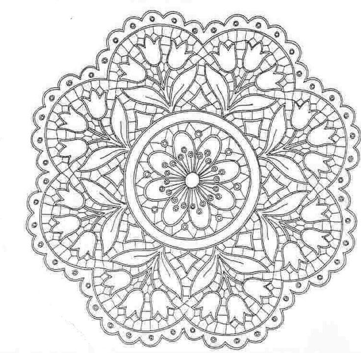 Tulip mandela would be a pretty design embroidered in a hoop.  Ubrus kulatý, průměr 50 cm