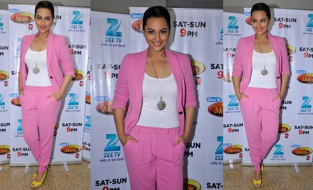 #bollywood #celebrity #fashion #pink #suit
