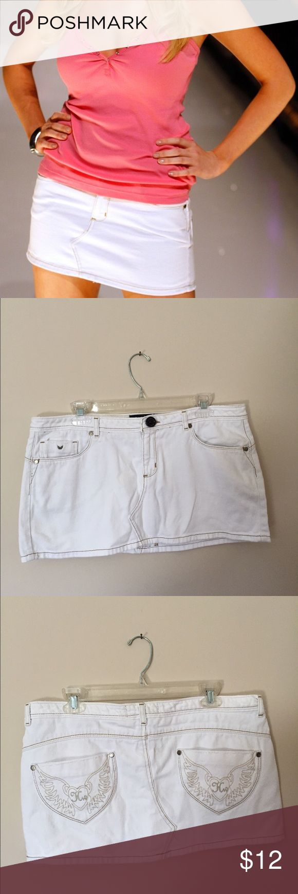 Heidiwood white skirt Heidiwood (Heidi from The Hills) white denim skirt. Perfect for summer. Tag is missing but the waist is about 35 inches. Bundle to save. No trades. Heidiwood Skirts Mini