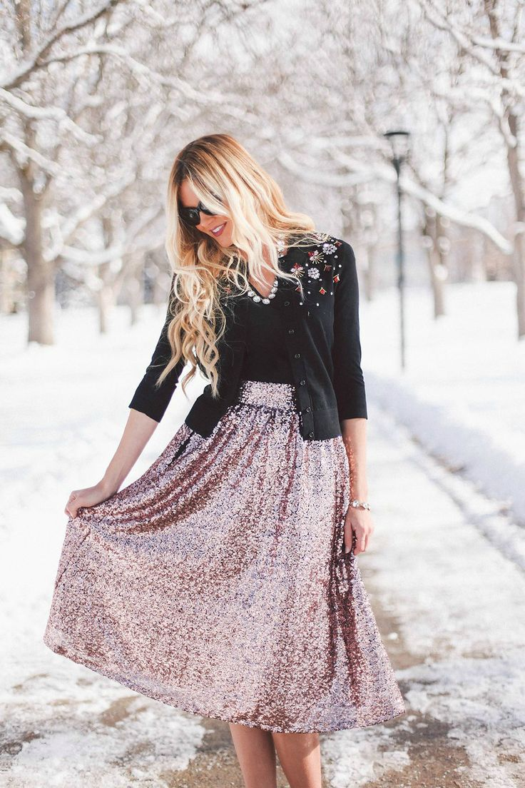 Barefoot Blonde - Sequin Skirt: