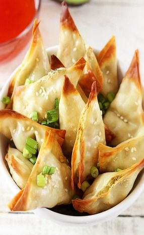 .Oven Baked Crab Avacado Wontons. Holy fuck I need to have these
