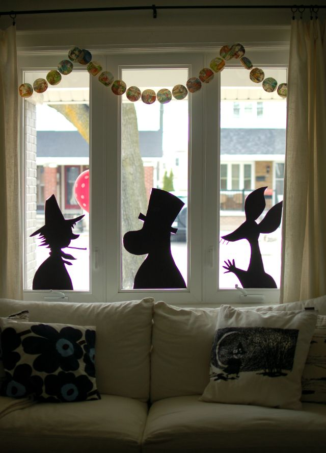 moomin shadows. Adorable party guests!