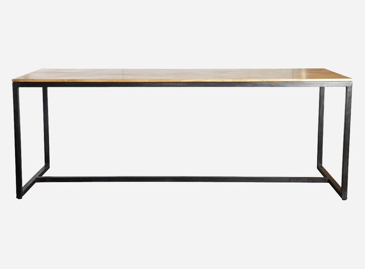 House+Doctor+Spisebord+-+Metal+-+Spisebord+i+mangotræ+med+jernben.+Da+designet+af+bordet+er+så+enkelt,+kan+det+også+bruges+som+arbejdsbord.+Kombinationen+af+det+naturlige+træ+og+det+industrielle+jern+giver+bordet+et+interessant+og+råt+look.