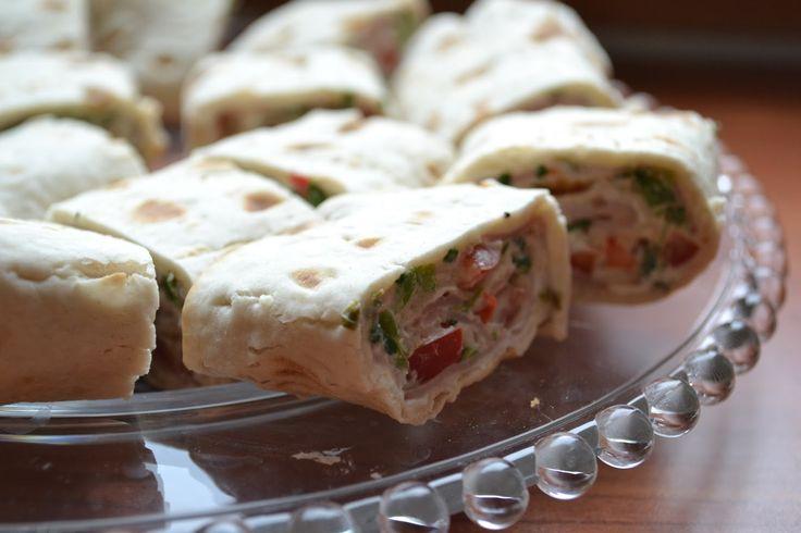 Nirson naisen ruokablogi: Kasvis ja kinkku rieskarullat