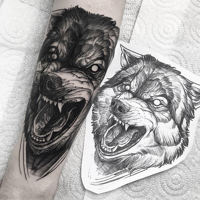 Lion Tattoo Design, Sketch Tattoo Design, Tattoo Sketches, Tattoo Drawings, Devil Tattoo, Fire Tattoo, Lone Wolf Tattoo, Wolf Tattoos Men, Wolf Design