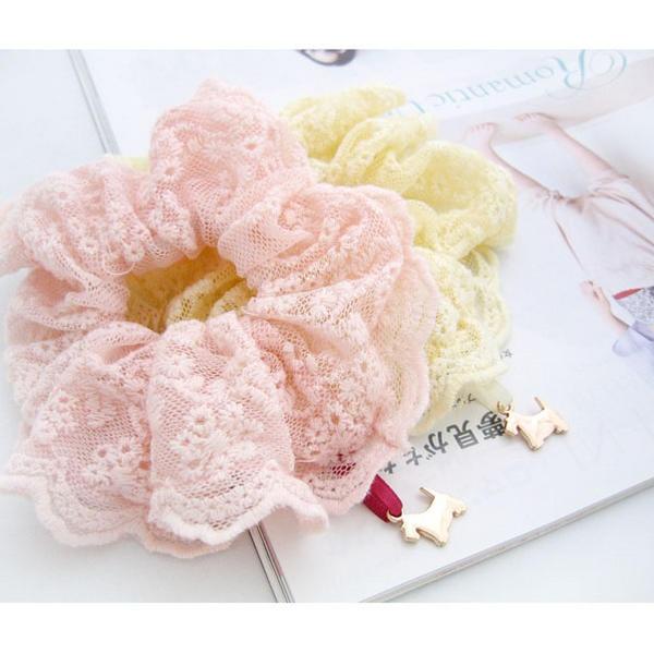 Pretty lace hair scrunchies.