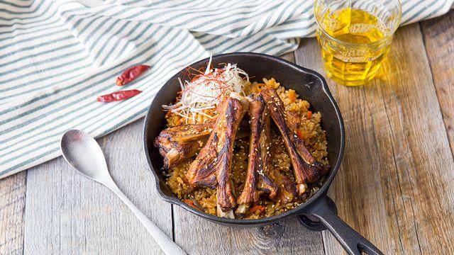 炊飯器で簡単!ビビンバ風の甘辛いスペアリブご飯 - ビデリシャス - おいしい動画 - | いつもの暮らしを豊かにするちょっとしたヒント