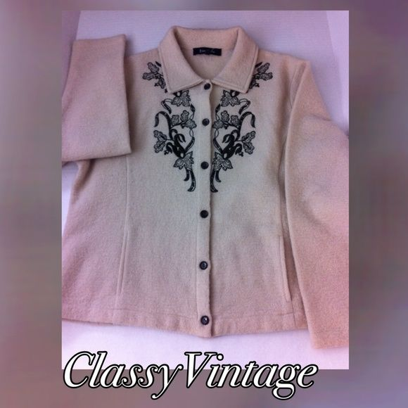 Evan - Picone wool sweater jacket Light camel - embroidered detail on front - button front -2 slash pockets.tag size XL . Black lAbel. Gently used Evan Picone Sweaters