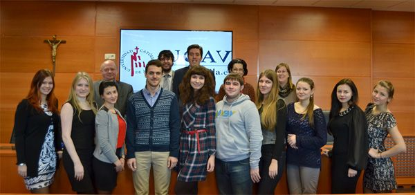 La UCAV forma a alumnos de la universidad rusa de Novosibirsk http://www.revcyl.com/www/index.php/educacion/item/5137-la-ucav-forma-a-alumnos-de-la-universidad-rusa-de-novosibirsk
