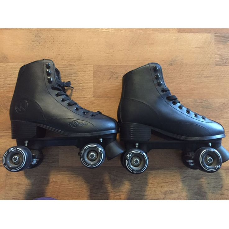 Men Size 9 Rewind Indoor Outdoor Roller Skates -  ONLY ONE AT THIS PRICE…