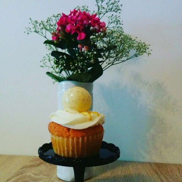 Lemon Cupcakes #ichbackealsobinich #bakemyday #lauraheartbake #lemon #cupcakes