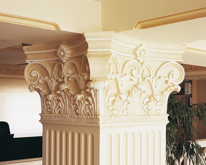 column supporting roof and ceiling