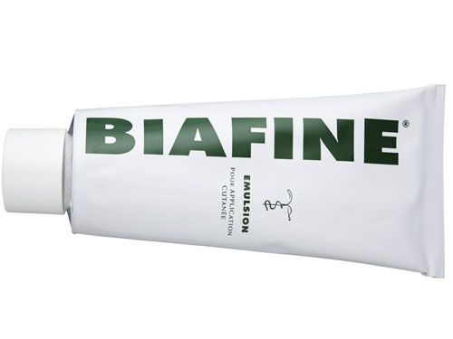 Biafine - Emulsion for superficial burns and sun burnt sensitive skin. Heals skin and regenerates tissue post laser resurfacing, microdermabrasion, chemical peels, and dermarolling. Relieves skin of redness and irritation, making the skin glowy and beautiful.  Provides rapid healing in full thickness wounds, pressure sores and dermal ulcers, superficial wounds, first- and second-degree burns, sunburns, scars and stretch marks