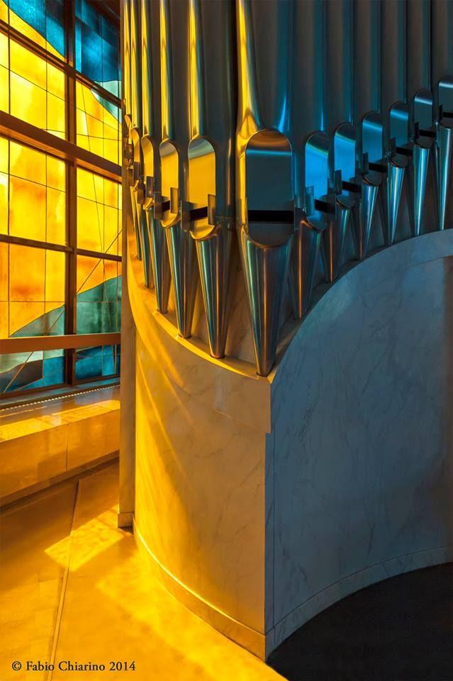 SELECTION OF THE DAY by #Expo #FineArt #Photography Particolare dell'organo Nuovo Santuario del Divino Amore, Roma - 2014 Photo © Fabio Chiarino #Interiors