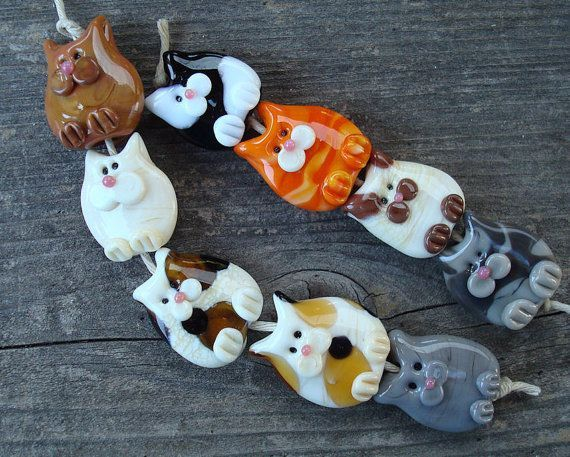 Loribeads 9 kitties handmade glass lampwork beads