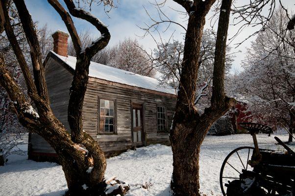 Cottage in Snow - by Queenstown photographer Mark Evans (www.markevans.co.nz)