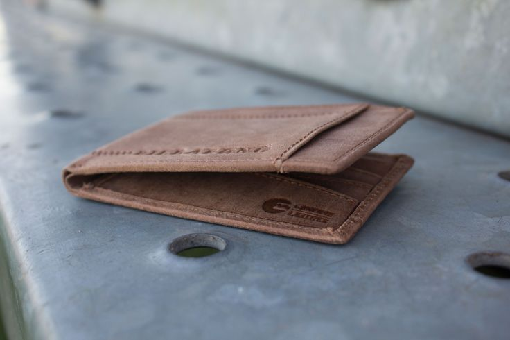 Billabong men's accessories from #premiumlabel - http://www.premiumlabel.ca/outlet/news/spring-style-guide