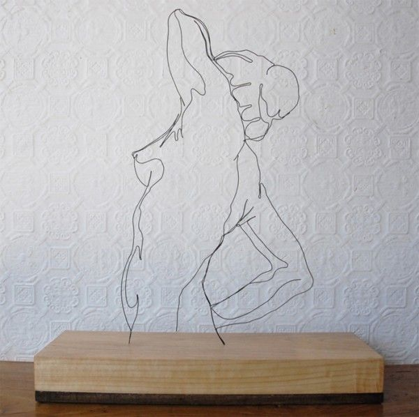 Beautiful wire sculptures by Gavin Worth.