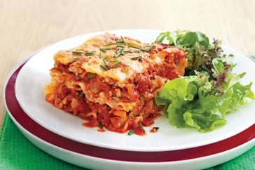 Chicken and vegetable pasta bake main image