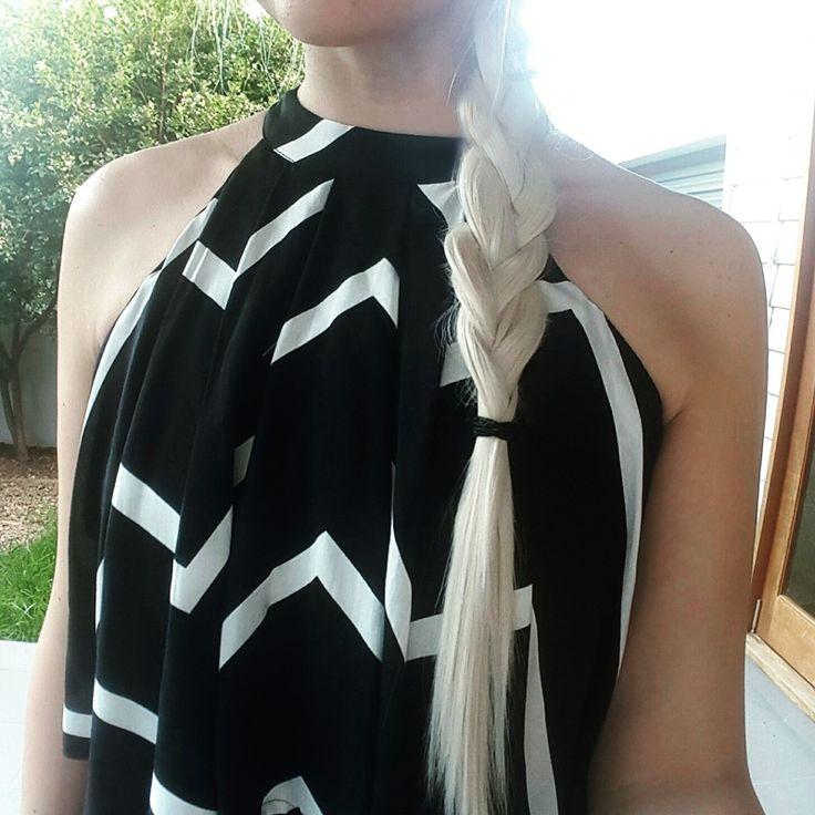 Beautiful in our black and white 'Aliisa Crop Top' | Scandinavian Style | #putiik #australia