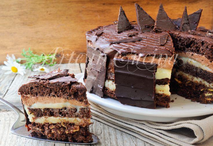 Torta setteveli, versione siciliana, ricetta dolce delle feste, mousse al cioccolato, croccante, bavarese alle nocciole, ricetta semplice, dolce per compleanno, Natale