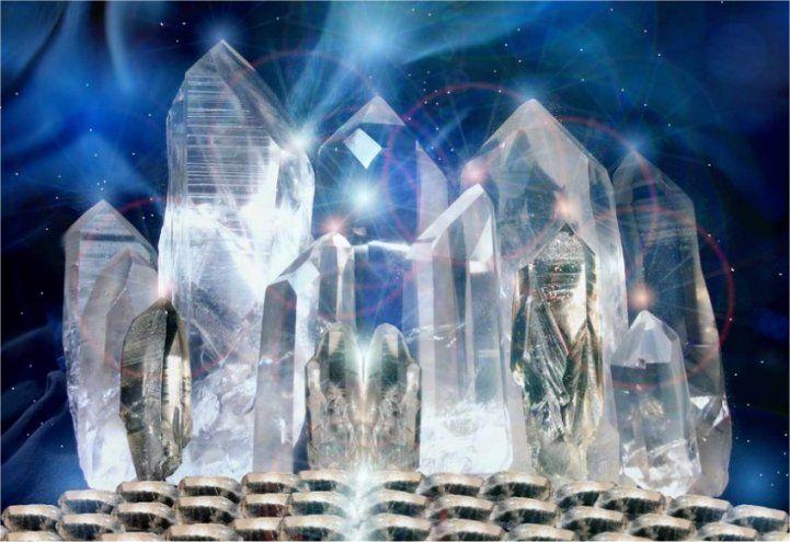 healing crystals : lightwear. #crystals #CrystalHealing #quartz