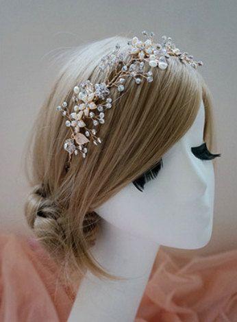 Boho Bridal Halo headpiece, Rhinestone Wedding hairpiece, Hand wired Crystal flower Crown, Gold Leaf Headband, Twisted Wire Pearl Tiara