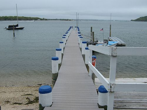 Weekend getaway to Shelter Island by bike. Take the LIRR train from NYC Penn Station. Shelter Island hotels, beaches, art, and restaurants in Long Island.