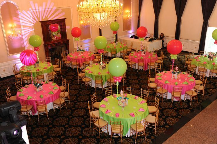 Quincenera neon party centerpieces using
