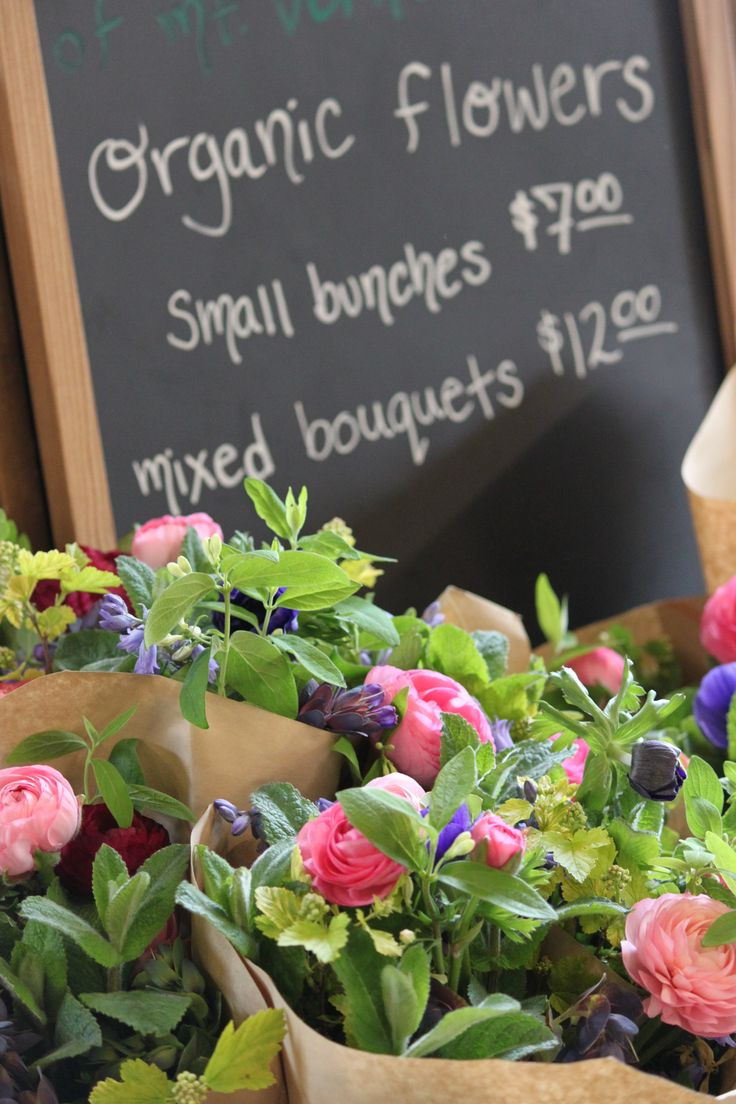 Organic Flowers at 21 Acres Market.