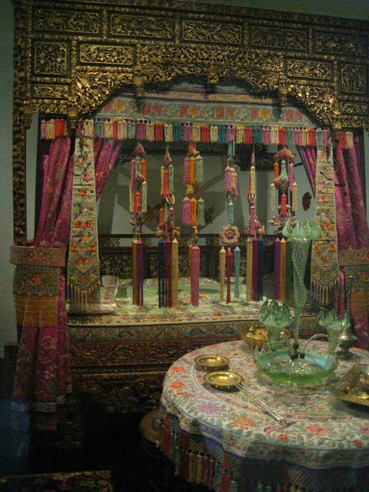 The Peranakan Bridal bed..