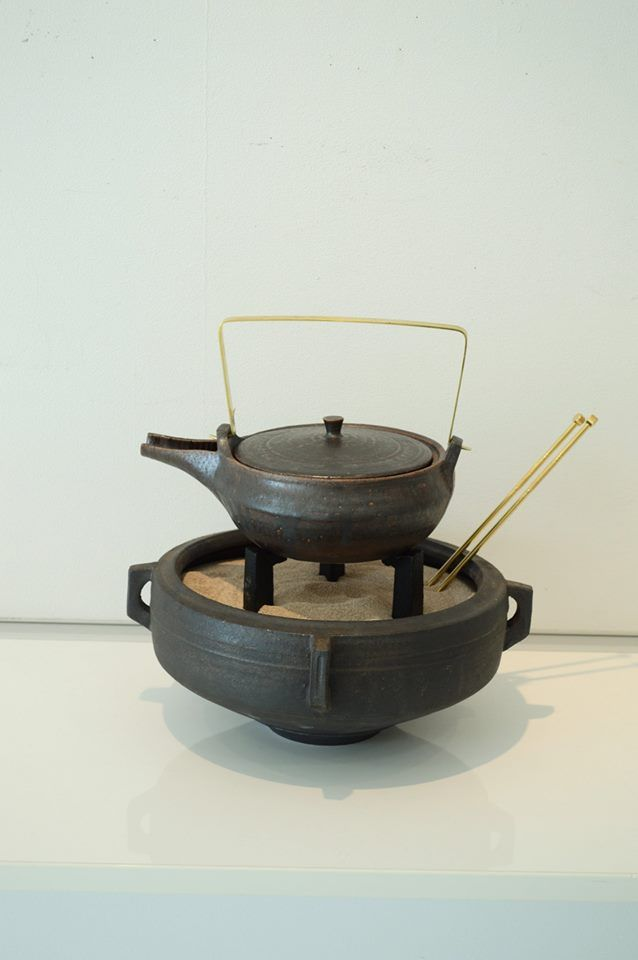 小火鉢展 開催中 : 器・UTSUWA&陶芸blog
