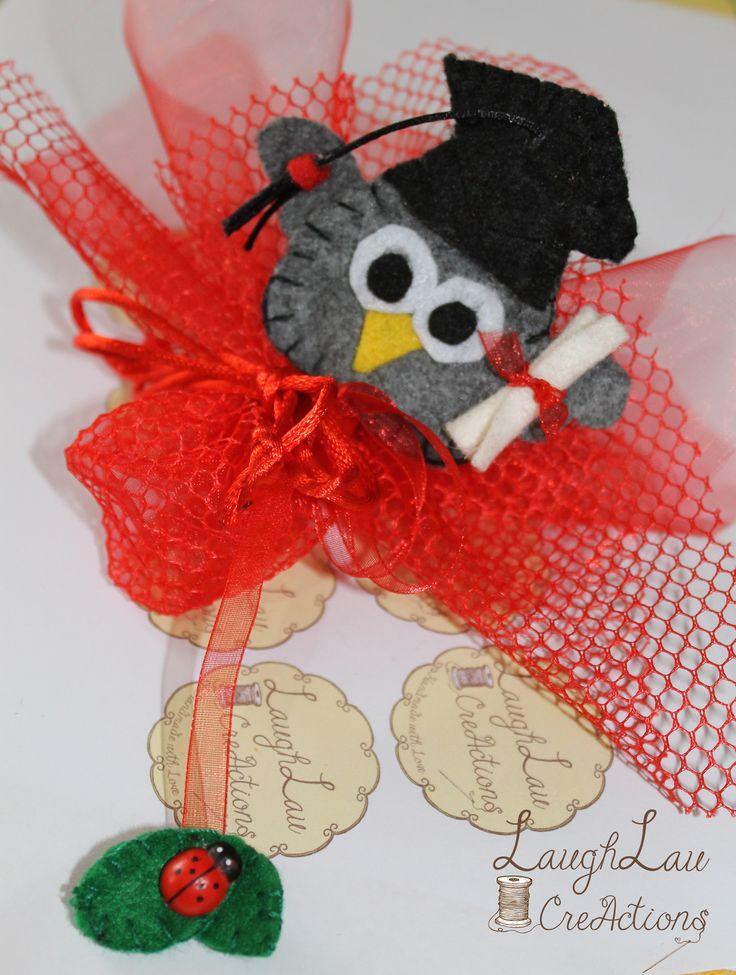 Bomboniera LAUREA <3 Segnalibro Gufetto :) Contattami per qualsiasi info! Handmade graduation felt favor.. Owl Bookmark :)