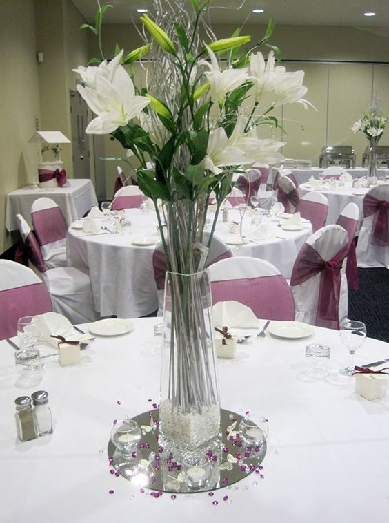 Pink & white centrepieces