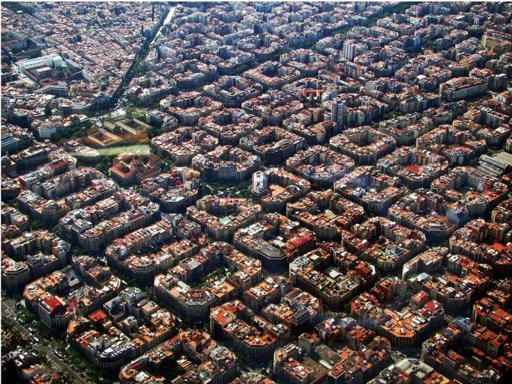 바르셀로나 도시 건축 위엄