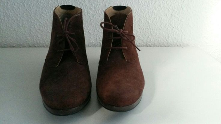 Mein Braune Wildlederstiefeletten für den Herbst  von ara! Größe 41 für 30,00 €. Sieh´s dir an: http://www.kleiderkreisel.de/damenschuhe/stiefelette/156214100-braune-wildlederstiefeletten-fur-den-herbst.