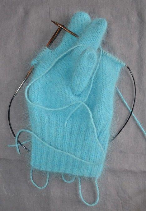 tricoter des gants aux aiguilles circulaires