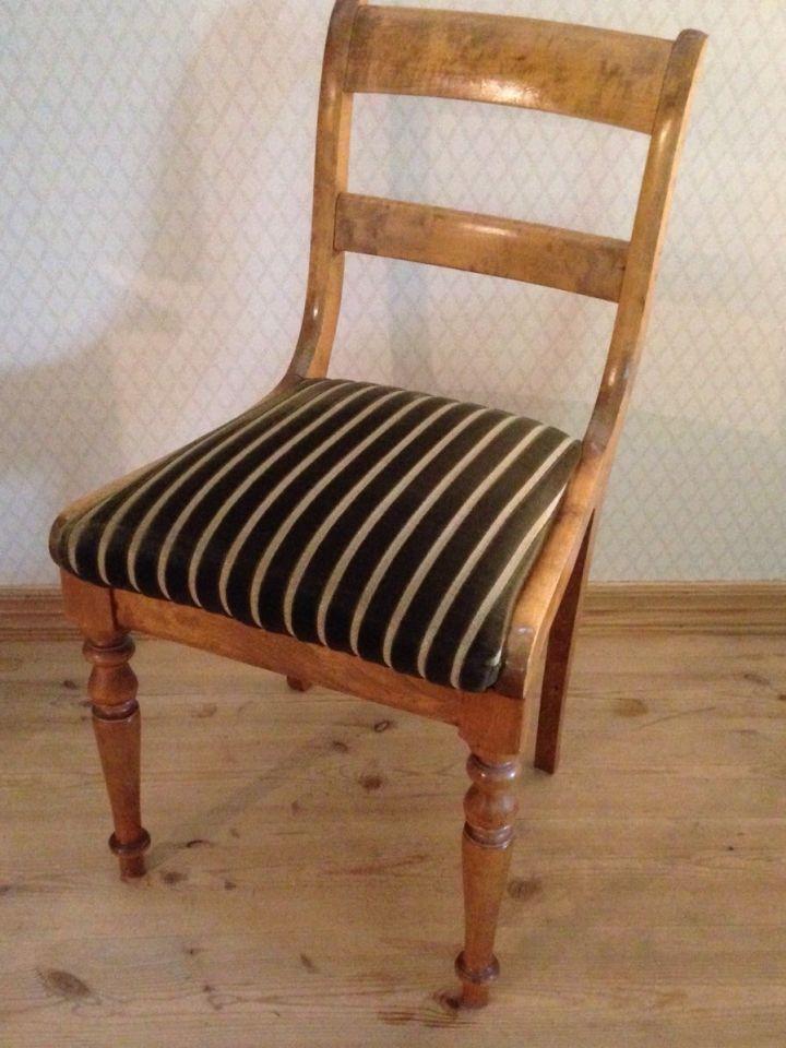 FINN – 'stoler', Antikke møbler, Torget