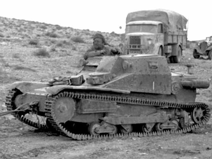 Italian Tankette L3-33.bmp