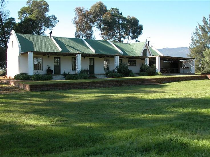 Orchards Guest Farm - Orchards is set on Odessa, a working fruit, olive and wine grape farm in the picturesque valley of Tulbagh with its majestic mountains, enchanting vineyards, fruit orchards and olive groves. The farm is ... #weekendgetaways #tulbagh #breederivervalley #southafrica