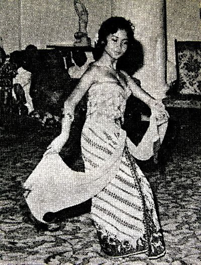 1962-Princess Buppha Devi performs an Indonesian dance